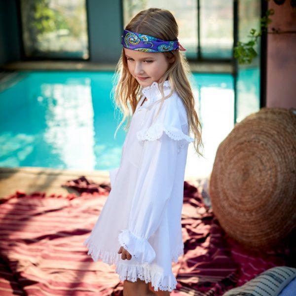 Παιδικό λευκό φόρεμα με μπροντερί λεπτομέρειες